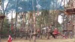 Sport i zabawa w Julinku  (podchody, zabawa w parku linowym)